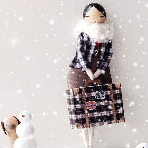 panenka Emma cestovatelka | Dětské hračky pro holky i kluky | ookidoo.com