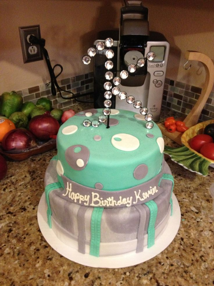 47 best Teen cakes images on Pinterest | Teen cakes ...