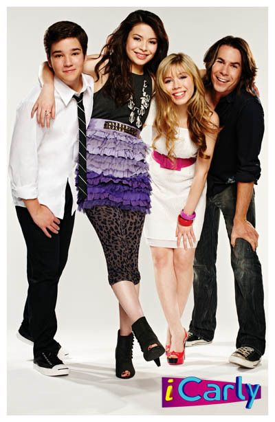 iCarly Cast Carly Sam Freddie Spencer TV Show Poster 11x17