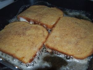 Last Sunday after church, my husband asked for French toast for lunch. The last time I made French toast for him, we were newly married and he was not too thrilled with my method. (Whisk a few eg...