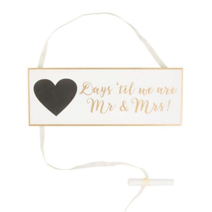 Dit wedding countdown bord maakt het mogelijk om dagelijks af te tellen naar jullie grote dag. �� Schrijf dagelijks het aantal dagen dat jullie nog te gaan hebben op. Makkelijk te wissen en over te schrijven. Het bord is alreeds voorzien van de tekst 'Days 'til we are Mr & Mrs'. ������ https://www.trouw-idee.be/a-48465430/bride-groom/wedding-countdown-bord/  #trouwen #trouwidee #aftellen #countdown #huwelijk #huwelijksdag #bruiloft #bruiloftdecoratie #gold #wedding #weddinggift #weddingdecor…