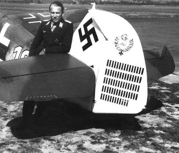 Stuka — Alfred Grislawski from his Messerschmitt Bf 109G-6