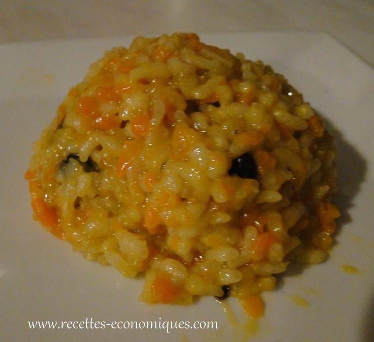 Une recette de risotto avec le thermomix : une recette un peu originale puisque j'ai mis des carottes et des raisins secs. C'est franchement bon, ça change un peu et les enfants adorent!! Peler les carottes, les couper en tronçons, les mettre dans le bol avec les échalotes et mixer quelques secondes à vitesse 5. …