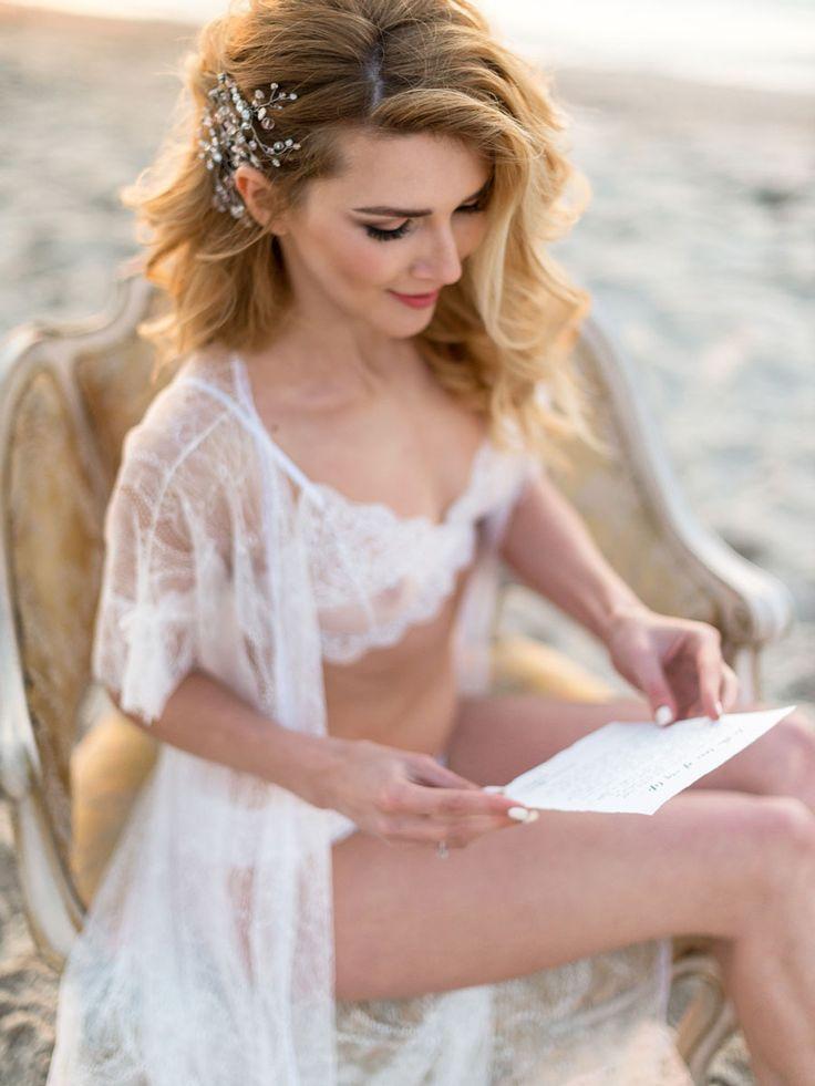 Wedding Boudoir Inspiration by the Beach 00005