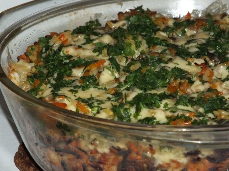 Zapiekanka ryżowa z pieczarkami i marchewką