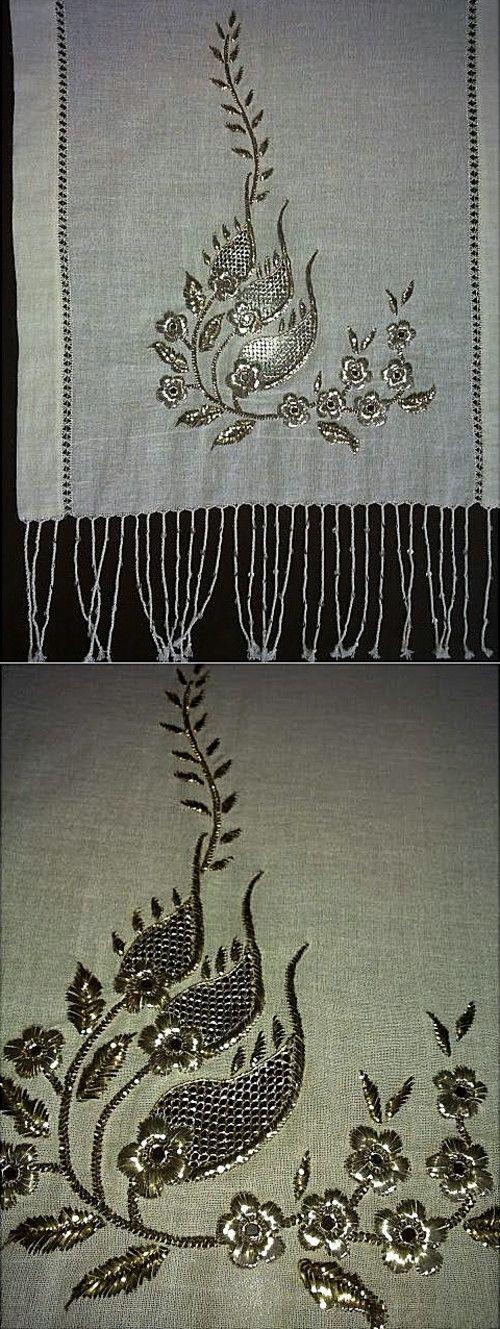 'Telkırma' (or: Bartın işi = work from Bartın): folding thin silver slat into the fabric, creating two identical sides.