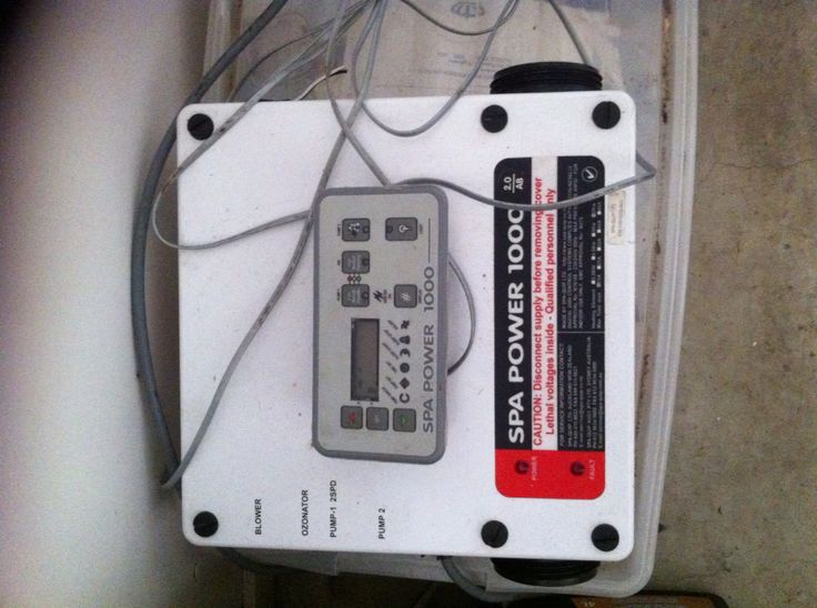 Outdoor spa pool controller,2kw heater.15amp lead.salvaged