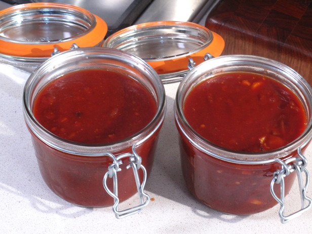 Homemade BBQ Sauce. Emeril's easy recipe. try no sugar. used rice ...