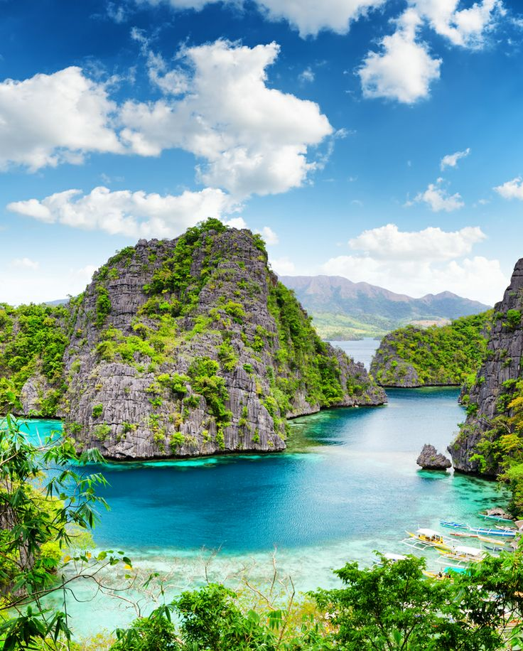 #Palawan plays host to two UNESCO World Heritage Sites along its narrow coastline. Expect to hear more about this island, especially as it continues to rebuild following #TyphoonHaiyan. Image by Efired #Travel #Hotlist