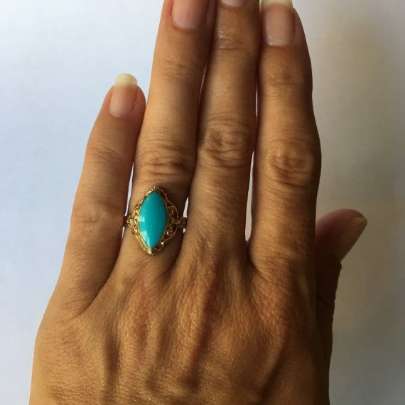 Antique Turquoise Ring. 10K Yellow Gold. by ScotchStreetVintage