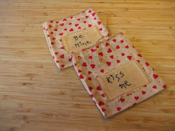 Primitive Little Valentine  Goodie Bags by Skunkhollow on Etsy, $9.00