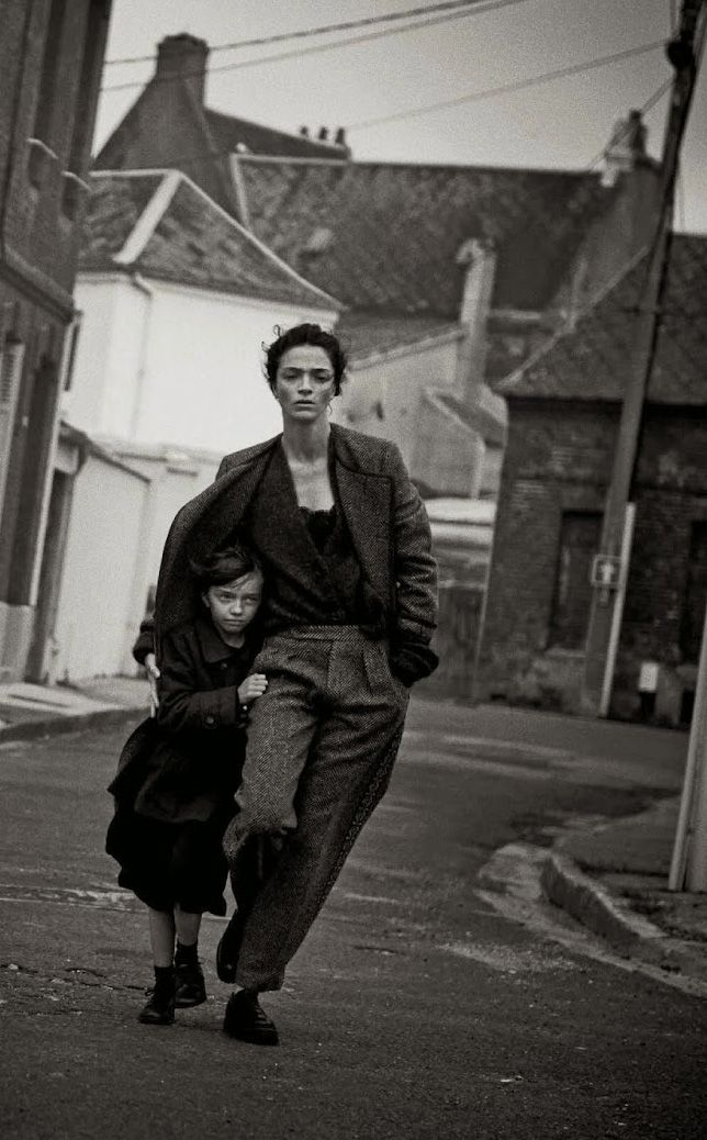 Phtograph. Mariacarla Boscono by Peter Lindbergh for Vogue Italia Sept 2014