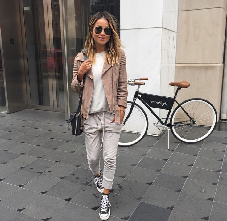 Always so casual and cool - http://sincerelyjules.com/