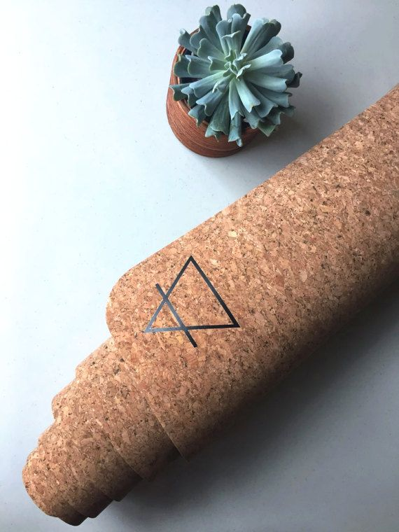 Eco-Friendly Cork Yoga Mat (No-Slip Grip) - Perfect for Hot Yoga & Sweaty Stretch Sessions