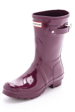 short gloss boots in plum  http://rstyle.me/n/tzaz2pdpe