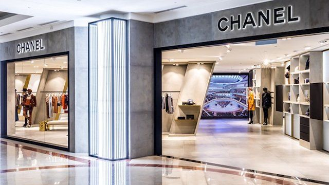 Chanel Malaysia Has Opened Its First Pop Up Store Called The Ephemeral Boutique At Suria Klcc Kuala Lumpur Chanel Kualalumpur Suriaklcc Shopopening S