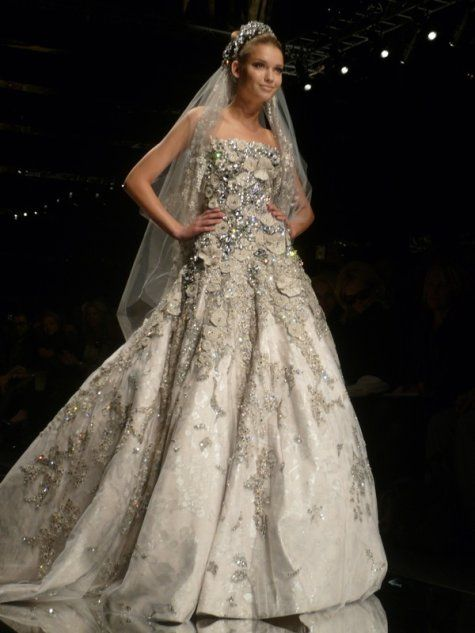 like a dream! wowwwwww (Elie Saab gown)