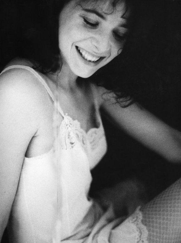 Mylène Farmer - Photographe John Frost - 1984