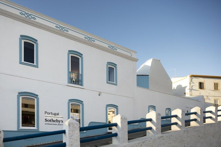 CorreiaRagazzi . new Sotheby's Real Estate Headquarters . Carvoeiro (2)