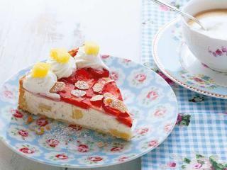 Erdbeerkuchen: Erdbeer-Ananas-Torte