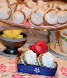 Naina's kitchen: Prajitura Sarah Bernhardt sau bezele cu crema
