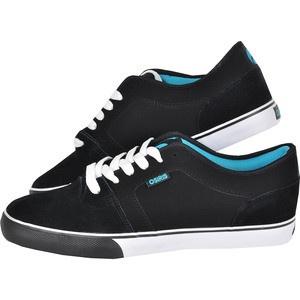 Fii decadent cu Osiris Decay! Negri, cu accente de turcoaz, acesti pantofi le vor atrage si le vor convinge de bunul tau gust iar pe tine te vor ajuta in timpul activitatilor de skatebording pentru ca sunt foarte comozi si rezistenti. In plus, talpa confera maximum de stabilitate, este rezistenta la abraziune pentru a le mentine aspectul cat mai mult timp.