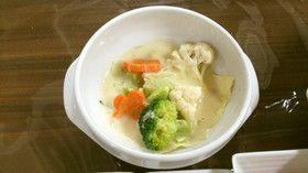 簡単一品♥蒸し野菜の豆乳仕立て