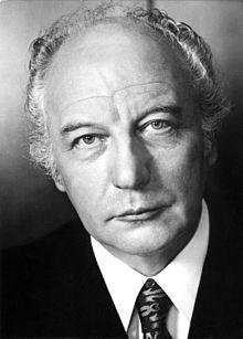 Walter Scheel (* 8. Juli 1919 in Höhscheid, heute ein Ortsteil von Solingen; † 24. August 2016 in Bad Krozingen) war ein deutscher Politiker der FDP. Er war von 1974 bis 1979 der vierte Bundespräsident der Bundesrepublik Deutschland.