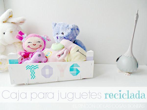 caja de madera reciclada para juguetes con washitape