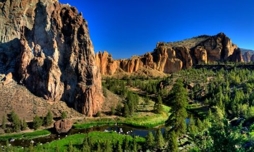 Smith Rock State Park, Terrebonne Oregon hoarse back riding here as a child