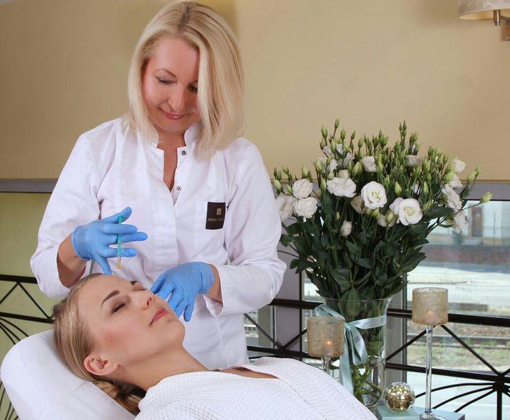 Klinika Anna Pikura poleca metodę Nici PDO, ktore są jedną z najnowszych technik stosowanych w zabiegach odmładzających.   EFEKTY: ♡ odmładza skórę, ♡ wygładza zmarszczki, ♡ poprawia koloryt skóry, ♡ relaksuje mięsnie i wygładza rysy twarzy, ♡ napina i liftinguje skórę (efekt zbliżony do liftingu chirurgicznego), ♡ poprawia owal twarzy, ♡ nawilża, uelastycznia i ujędrnia skórę.  http://annapikura.com/Zabiegi_medycyna_estetyczna_06.html