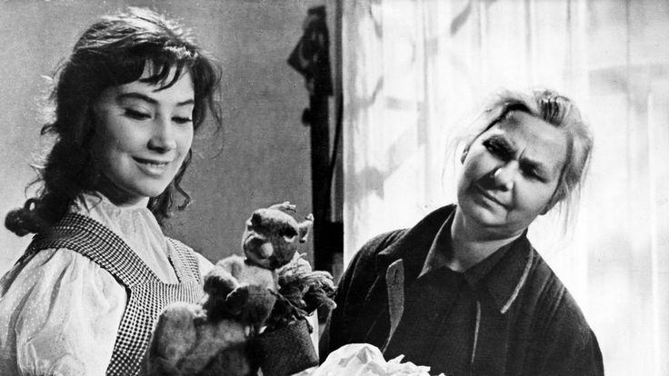 New York Times: May 8, 2014 - Obituary: Soviet film actress Tatiana Samoilova dies at 80