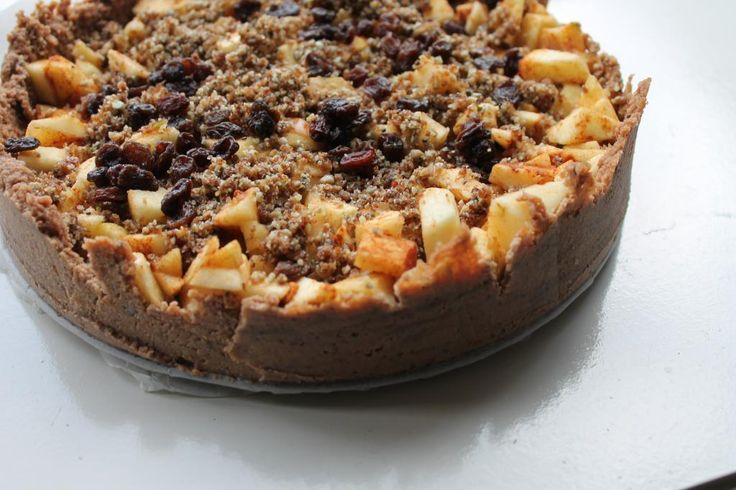 Recept voor gezondere Appeltaart die Suikervrij, glutenvrij en lactosevrij is en daardoor erg verantwoord! Gemaakt met heerlijke walnoten, appel, kaneel, e