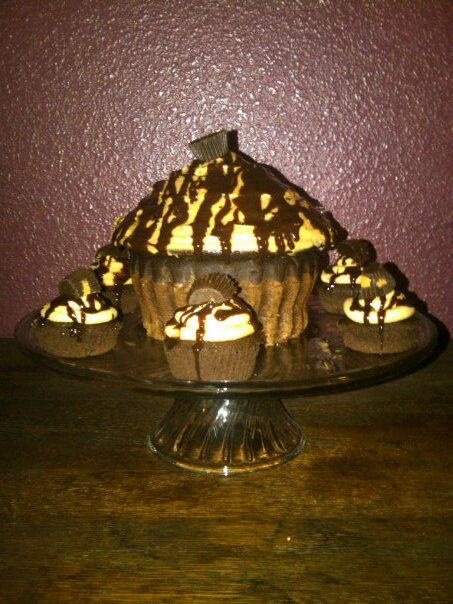Chocolate Peanut Butter Cup Cupcakes and Cupcake Cake. Chocolate + Peanut Butter= yummmm