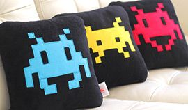 Space Invader Cushions. Novelty funky cushion designs for the chic geek! #spaceinvaders #gaming #homedecor