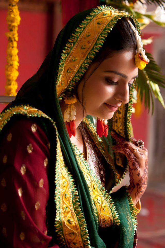 Mehndi And Haldi Ceremony : Best haldi ceremony floral jewelry images on pinterest