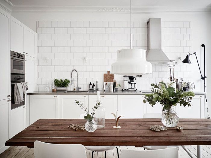 Inspiring-and-Bright-Scandinavian-Flat-02 #kitchen #scandinavian #white