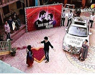 RK Proposal to Madhubala #Tellywood #VivianDsena #DrashtiDhami