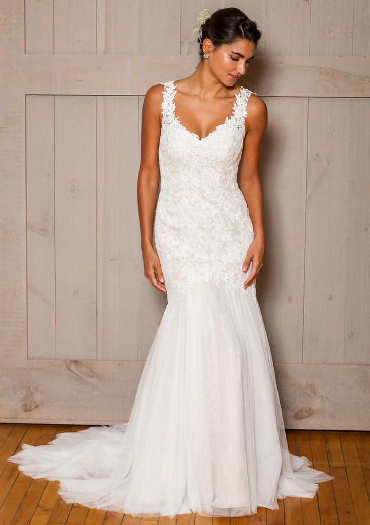Elegant David us Bridal Fall Wedding Dresses Are for the Modern Romantic