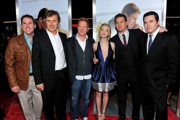 dear john premiere cast and crew nicholas sparks