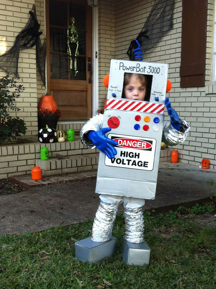 53 best robot ideas images on pinterest for Robotic halloween decorations