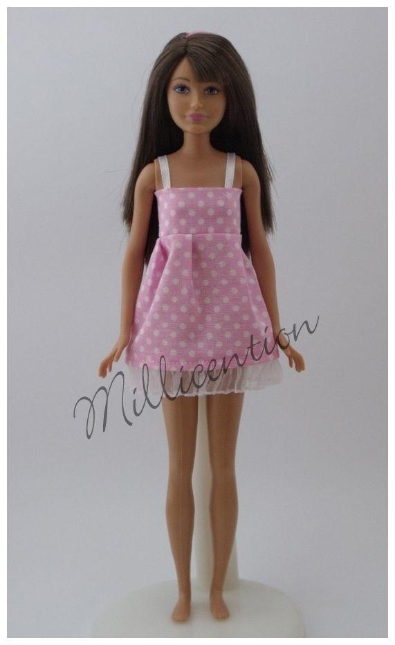 Pink ruffled Skipper doll nightgown