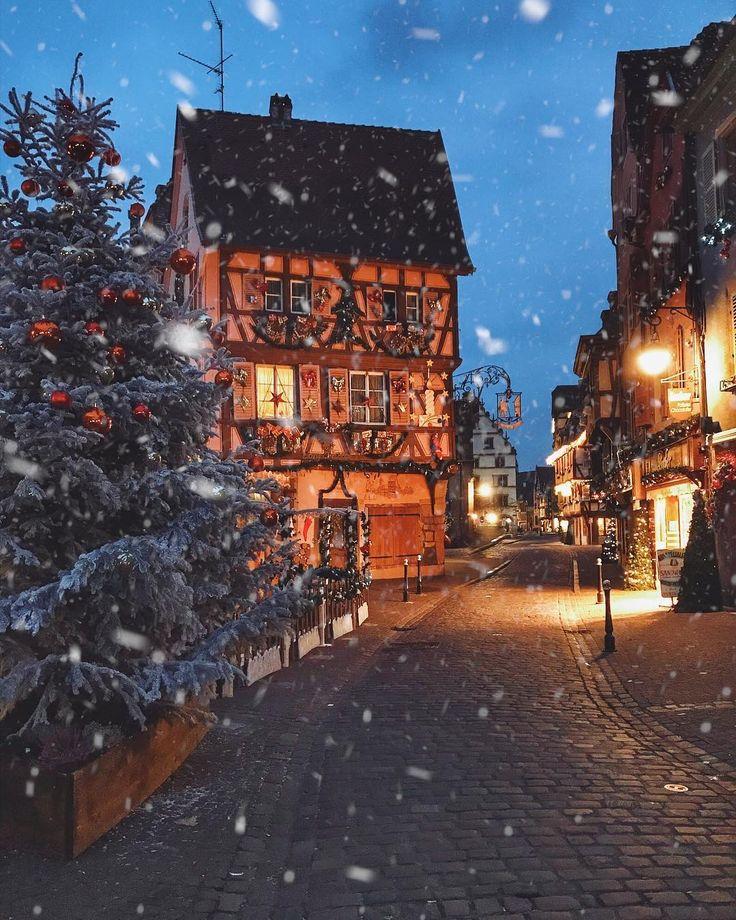 одна новогодние улицы в снегу картинки этой статье будет