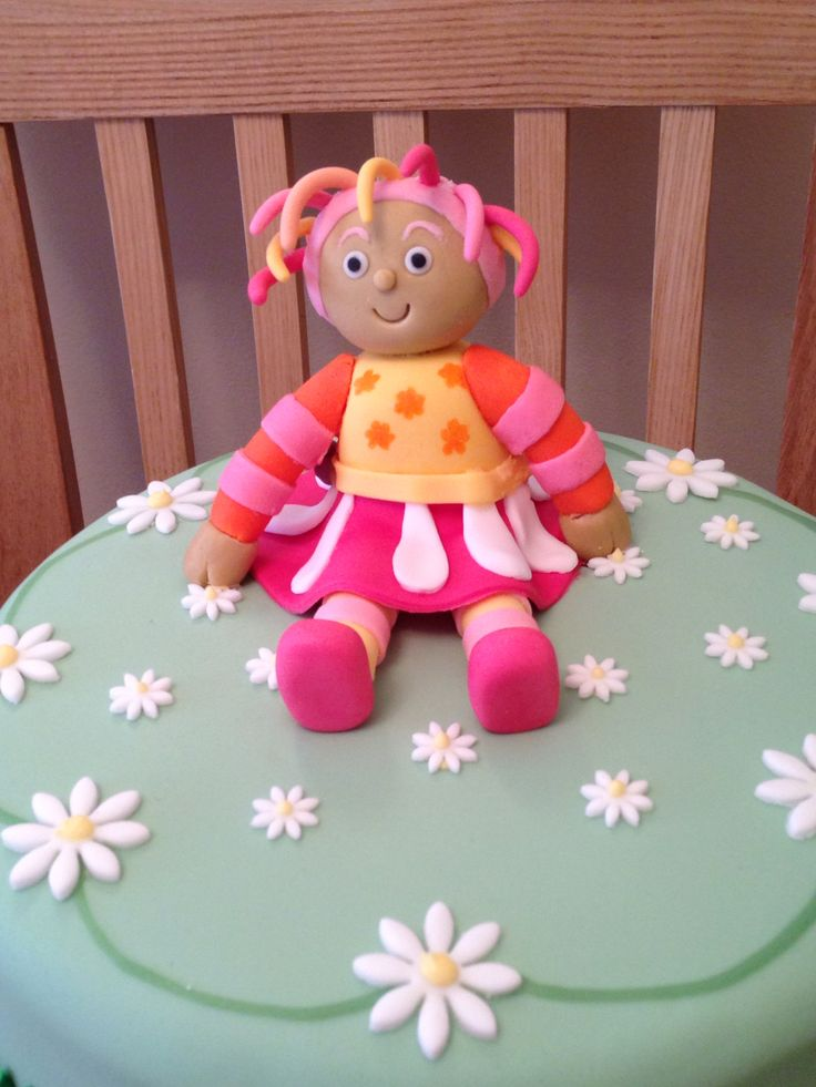 Upsy Daisy Cake Decoration : 1000+ images about In the night garden cake ideas on ...