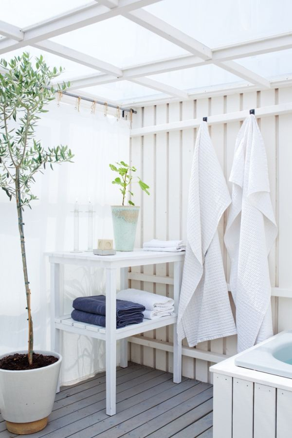 white Scandinavian outdoor bathroom