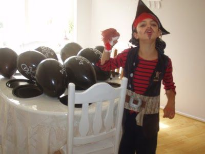 Den rosa bakelsen: Pirat kalas