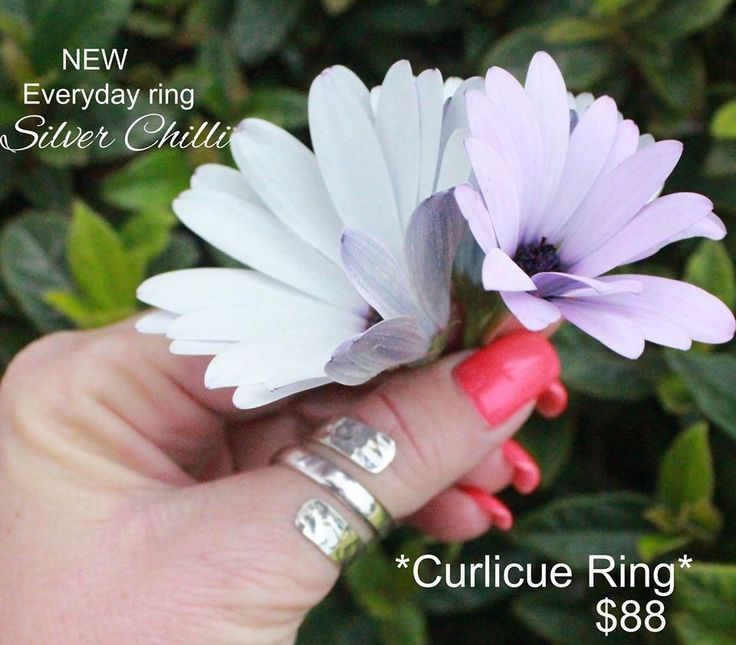 Your every day ring.@ sizes available small (6) and Large (9) both adjustable