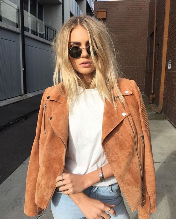 Tan suede jacket // timeless style