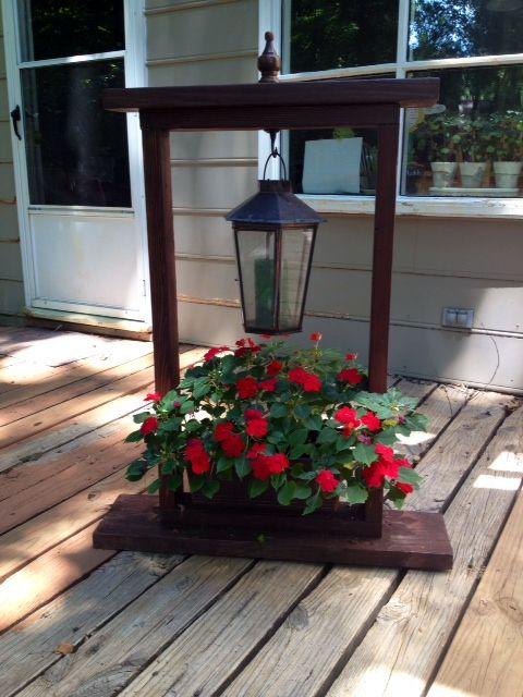 25 unique hanging basket stand ideas on pinterest solar lights planter ideas and flowers garden. Black Bedroom Furniture Sets. Home Design Ideas