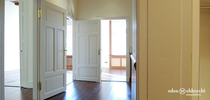Besondere Altbau-Gewerbefläche in Oldenburg. 150m², 8 Räume (zw. 21m² und 7,5m²), 2. OG zu vermieten. Eröffnen Sie Ihr Büro in einem historischen Gebäude aus 1894.